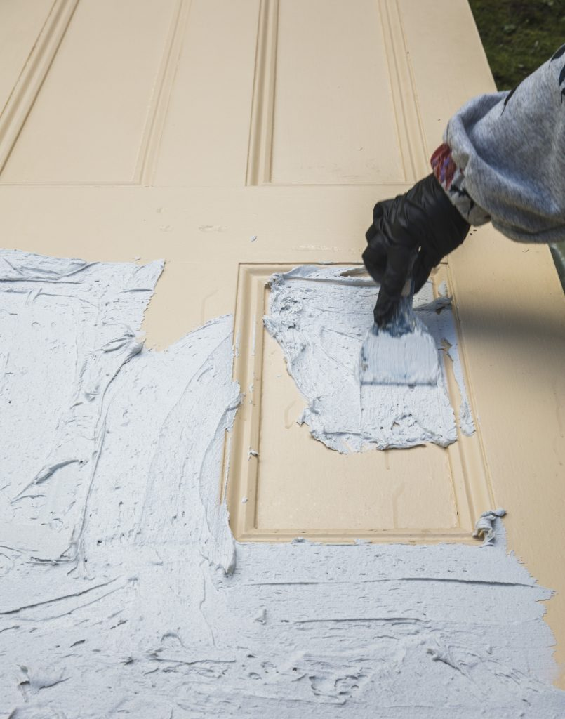 House of Brinson / How to Strip Paint from Doors